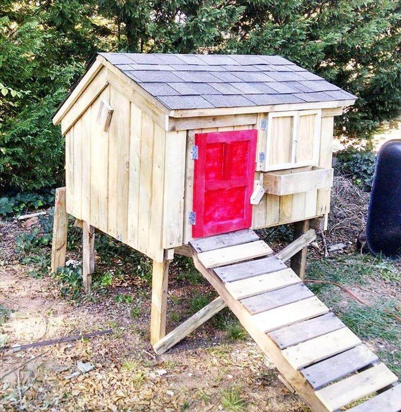 Pallet Coop Ideas Elevated Hen House