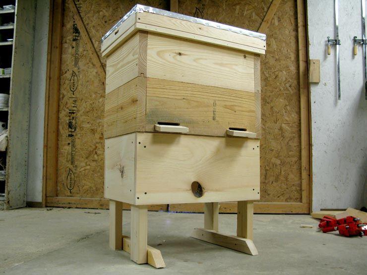 Layens Beehive Stand