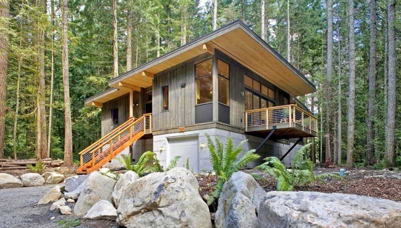 Method Homes Cabin Series from the Ultimate List of Affordable Green Prefab Homes